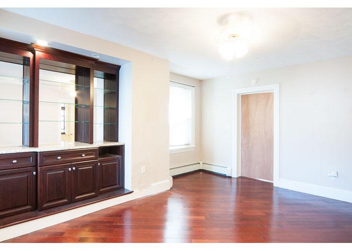 Webster Street Apartment